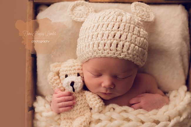 Baby and bear mom and baby central coast ca newborn photography by mary thomas