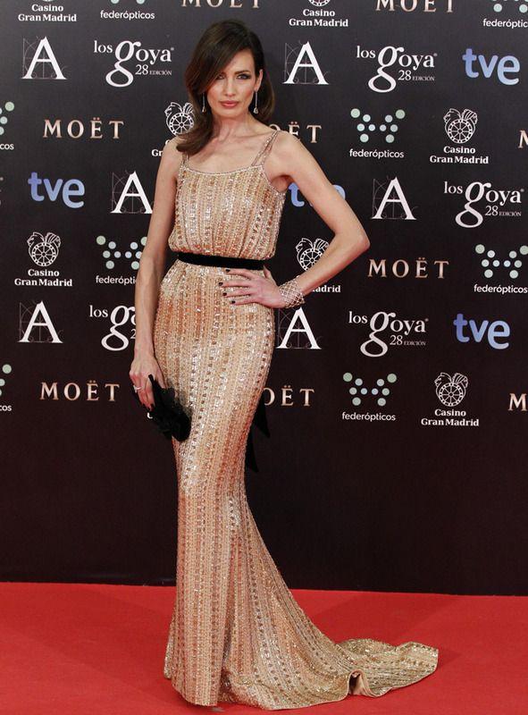 Nieves Álvarez vestiod #Ralph&Russo Haute Couture y zapatos y clutch de #ChristianLouboutin.