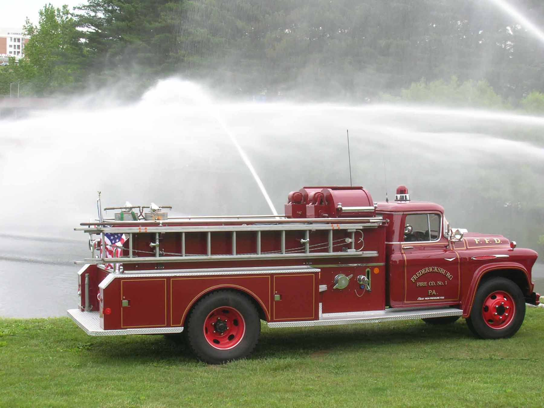 1956 Chevy 4400 Truck See The Big View Of The Fire Trucks In