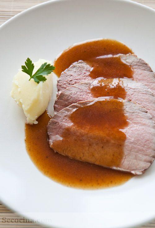 Redondo De Ternera Asado Con Salsa Española Receta Secocina Ternera Platos De Carne Recetas Con Carne De Res