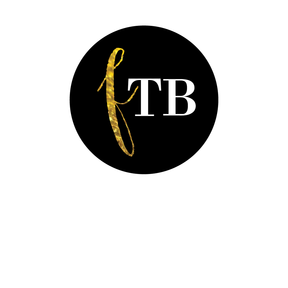 Logo Fashion Travel Bloggers.