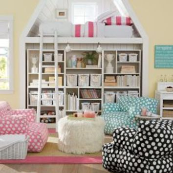 Lounge Room Ideas & Teen Lounge Room Decorating Ideas by PBteen I do like this very much,  however it worries me slightly, even for a teenager, the height and lack of railing across the bed front!