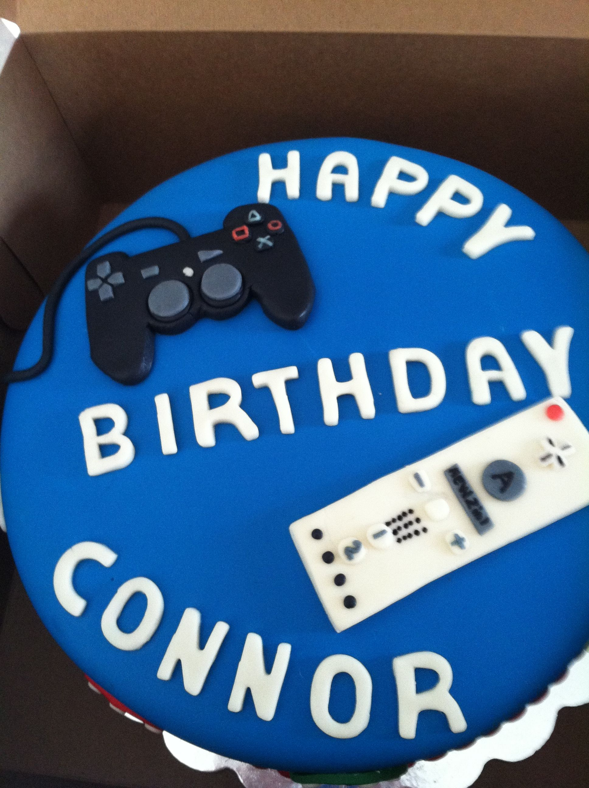 Fine Boys Cake For Video Game Themed Party Video Game Cakes Video Funny Birthday Cards Online Alyptdamsfinfo
