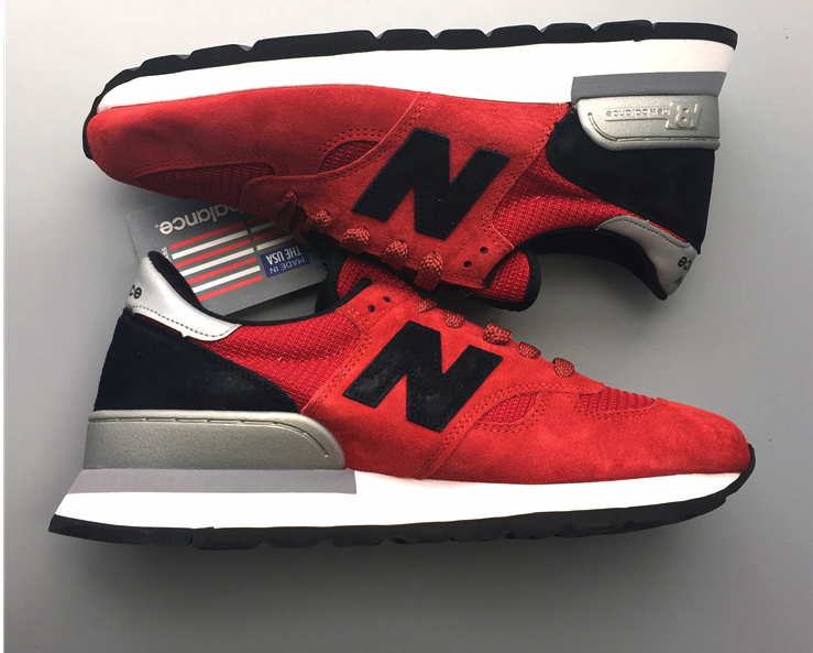 NEW BALANCE M990CRD RED SUEDE CONNOISSEUR GUITAR PACK