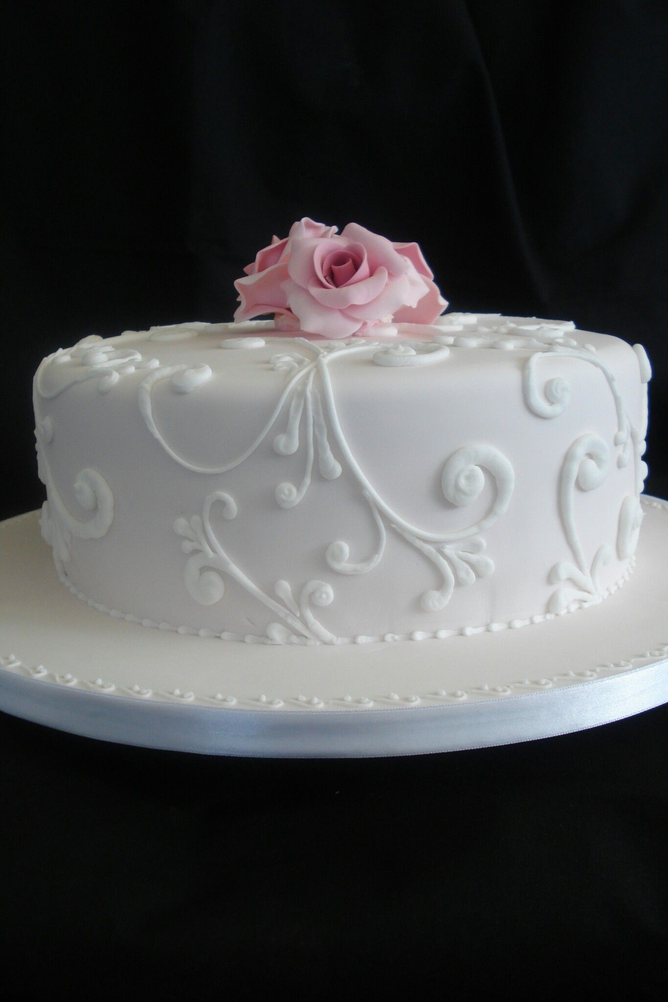 Pin by eva wohlrábová on dorty pinterest wedding cake and cake