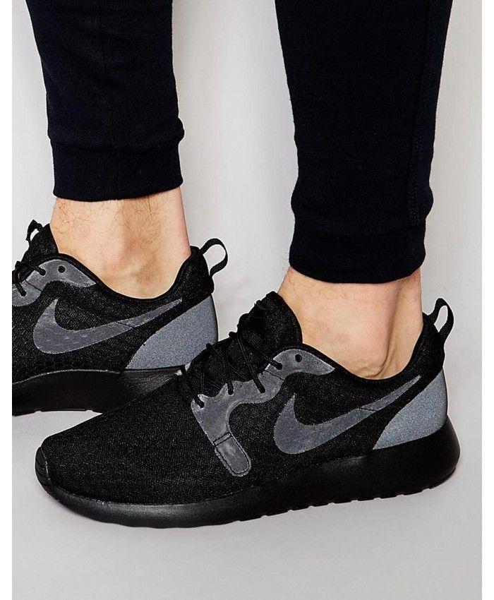 detailing 73758 f54a6 Nike Roshe One Black Grey Fashion Trainers