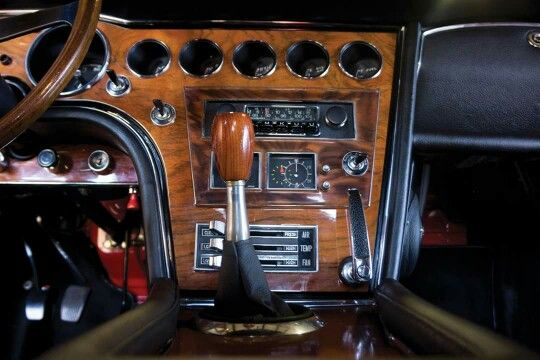 Toyota 2000 GT dash: The woodwork was done by Yamaha's musical instrument division, as the engineering behind the car was mostly the work of Yamaha