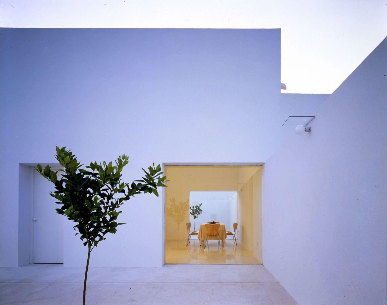 Alberto Campo Baeza, Hisao Suzuki · Gaspar House, 1992. Cádiz · Divisare