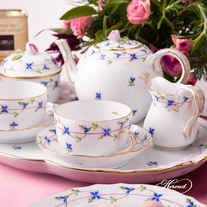 Tea Set for 2 People - Cornflower Blue Garland | Herend Experts #teasets