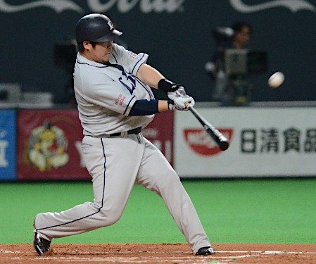 Takeya Nakamura hammers a 2-run home run, his 21st of the year, off Naoki Miyanishi over the wall in center to break a 1-1 tie in the top of the 7th inning at Sapporo Dome on Wednesday, August 29, 2012.