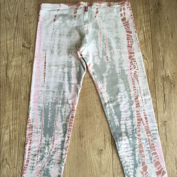 Hard tail leggings NEW!! Hard tail leggings size M Hard Tail Other