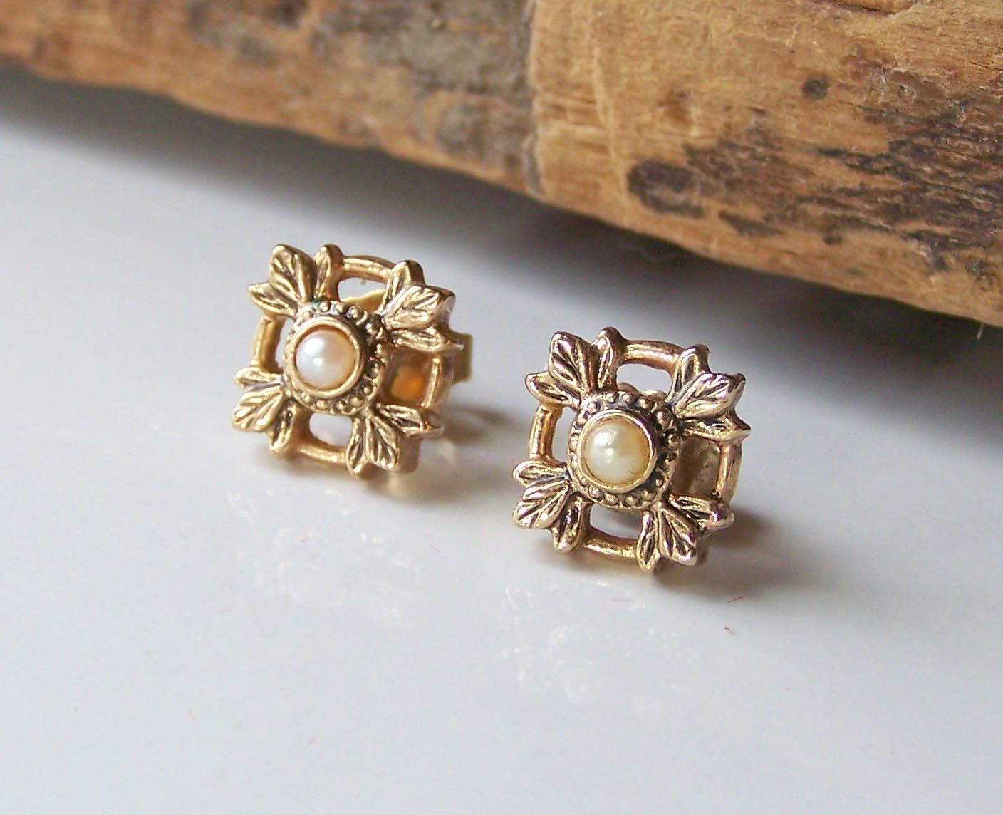 Etsy Etsy Jewelry Vintage Jewelry Post Earrings by alysbeads
