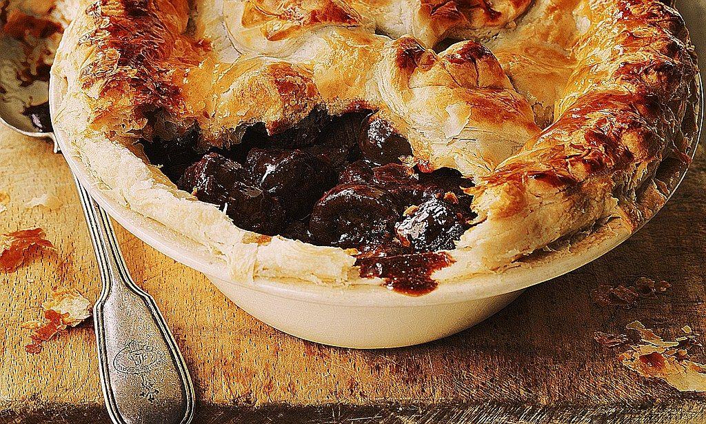 Recipe: Steak and kidney pie | Steak and kidney pie ...