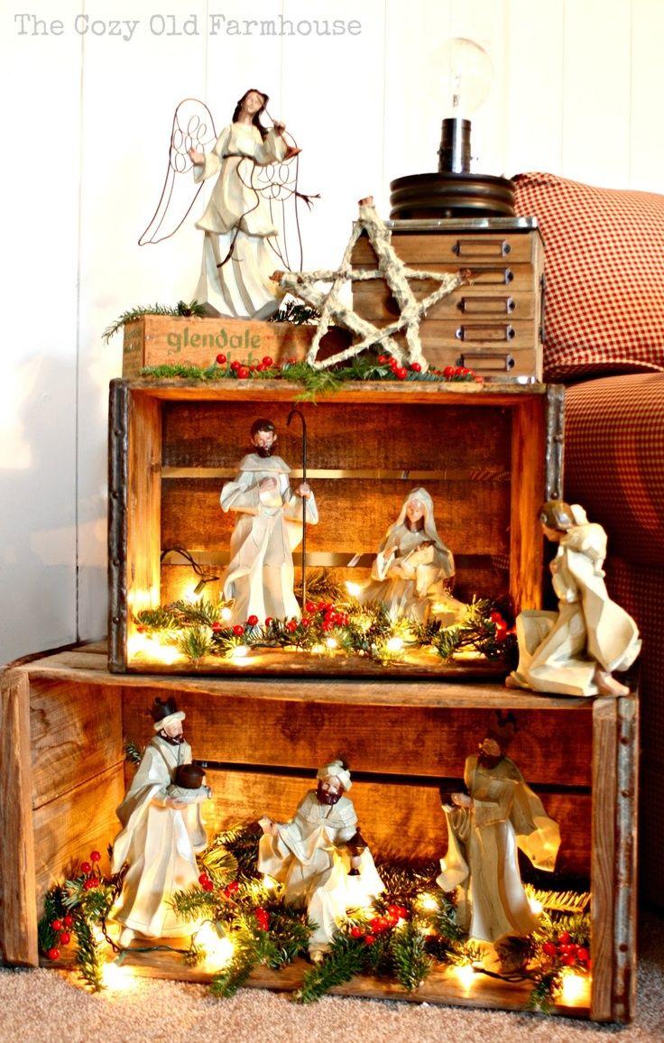 Tal uma maneira bonita de mostrar uma natividade ... Ou uma aldeia de Natal!  grades de madeira.  Eu gosto da idéia de empilhar estes para fazer uma estante pseudo para uma exposição de Natal rústico, e eu amo as luzes dentro, tudo parece melhor iluminada!