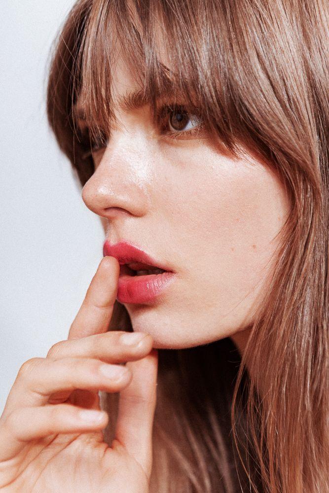 blurred glossy berry lip