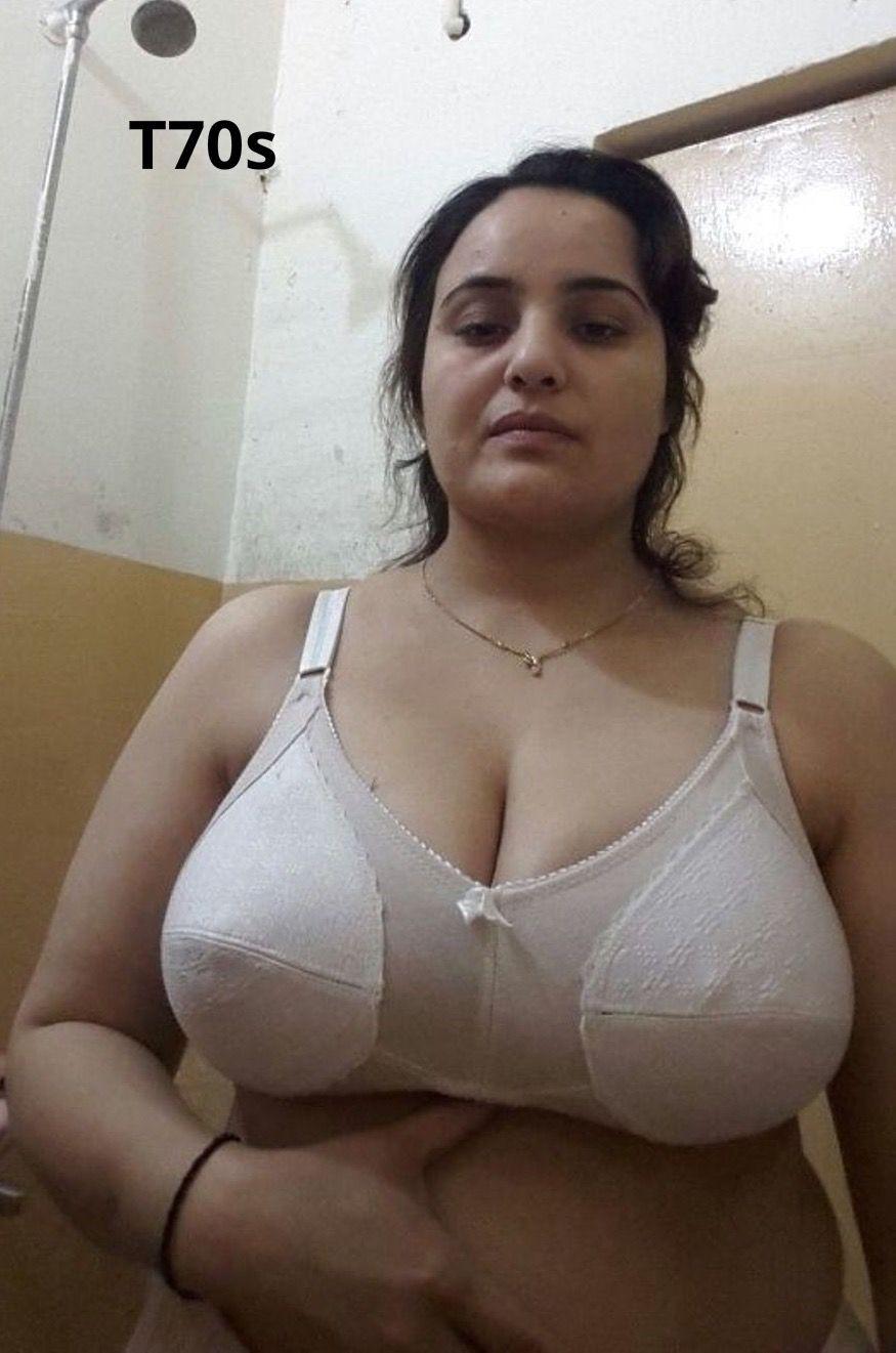 julianne moore naked butt