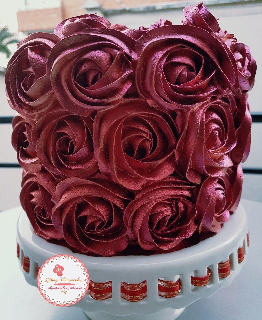 La Wine Rose Cake Mucho Brillo En Una Hermosa Torta Reposteria Fina Tortas Reposteria