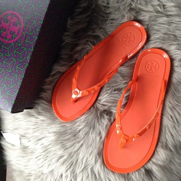 840002b971467 NEW TORY BURCH AUTHENTIC studded logo jelly thongs