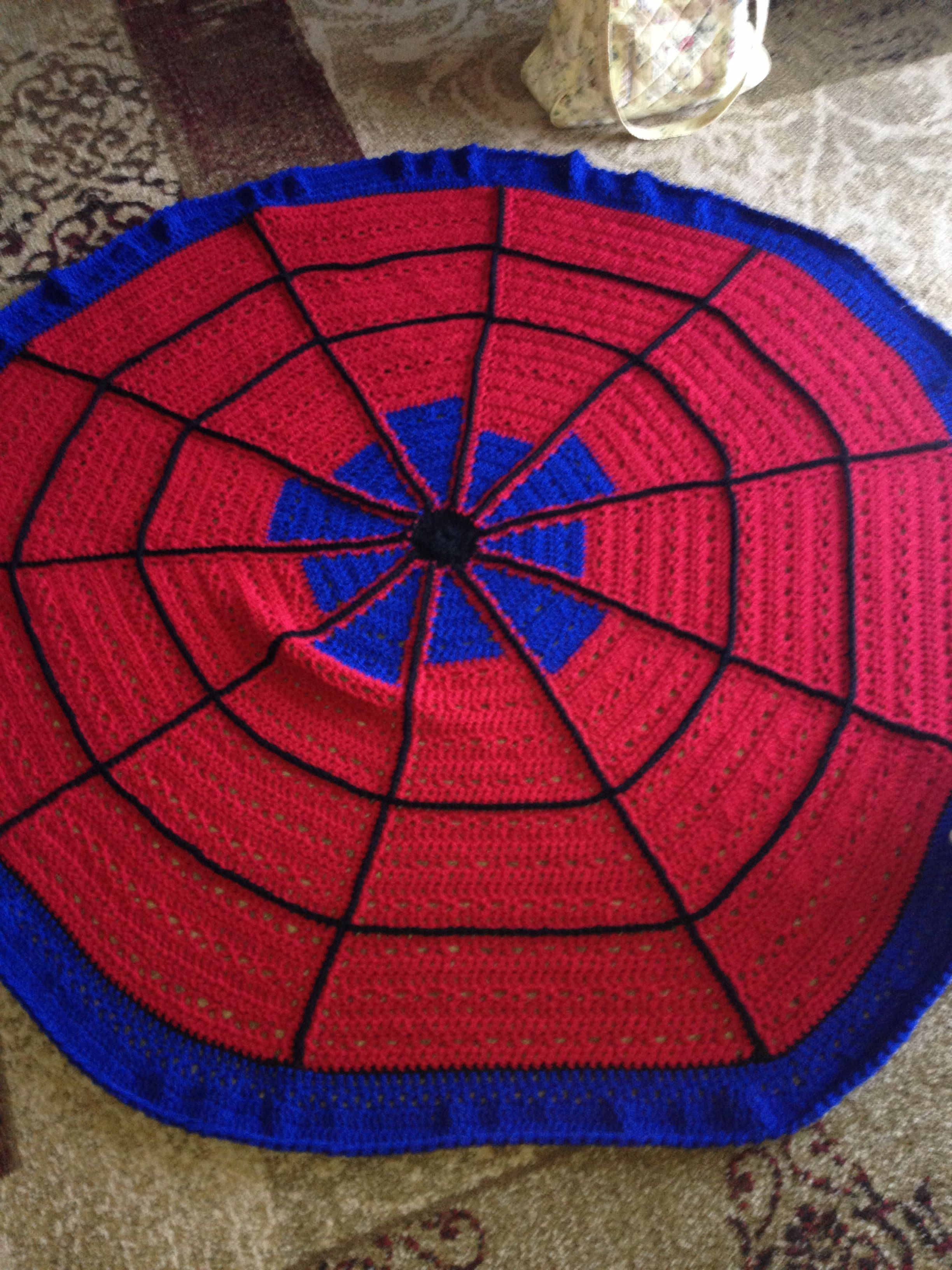 Spider web | Kids rugs, Christmas tree skirt, Christmas tree