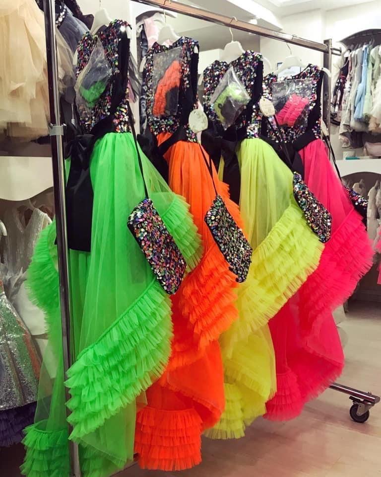 #dress #dresses #babydress #babydresses #childrenfashion #flowergirl #wedding #cute #turkey #istanbul #madeinturkey #design #trends2020 #couture #baby #babyfashion #modabambini #moda #partydresses #party #partyclothes #graduation #graduationdress #partydress #fancy #fancydress #lindissima #lindissimadolls