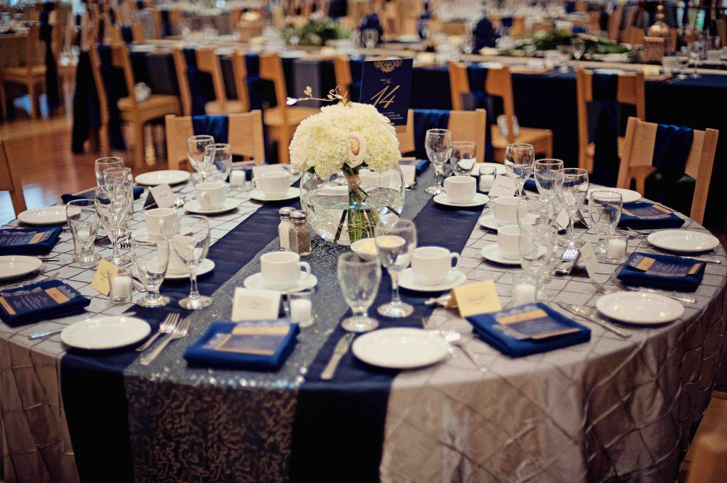 Navy Blue And Silver Table Decorations  from i.pinimg.com