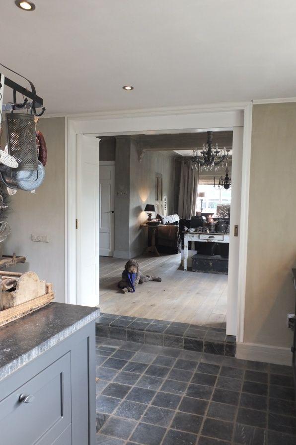 Binnenkijken woonkamer   Styling & Living --mooie vloer--   Home ...