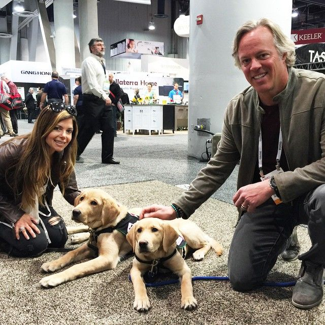Stopped by the @WoodMode booth for a #KBISselfie with the Susquehanna Service Dogs.  #GOLIATHCOMPANY #FLIPPINGVEGAS #SCOTT_YANCEY #AMIE_YANCEY #KBIS2015