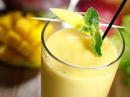 Papaja Mango Milkshake. Een lekkere Tropische milkshake!