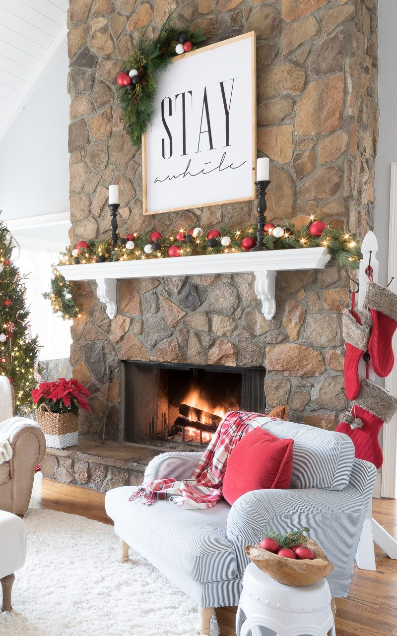 Holiday Housewalk at Mantels Mantle and Holidays