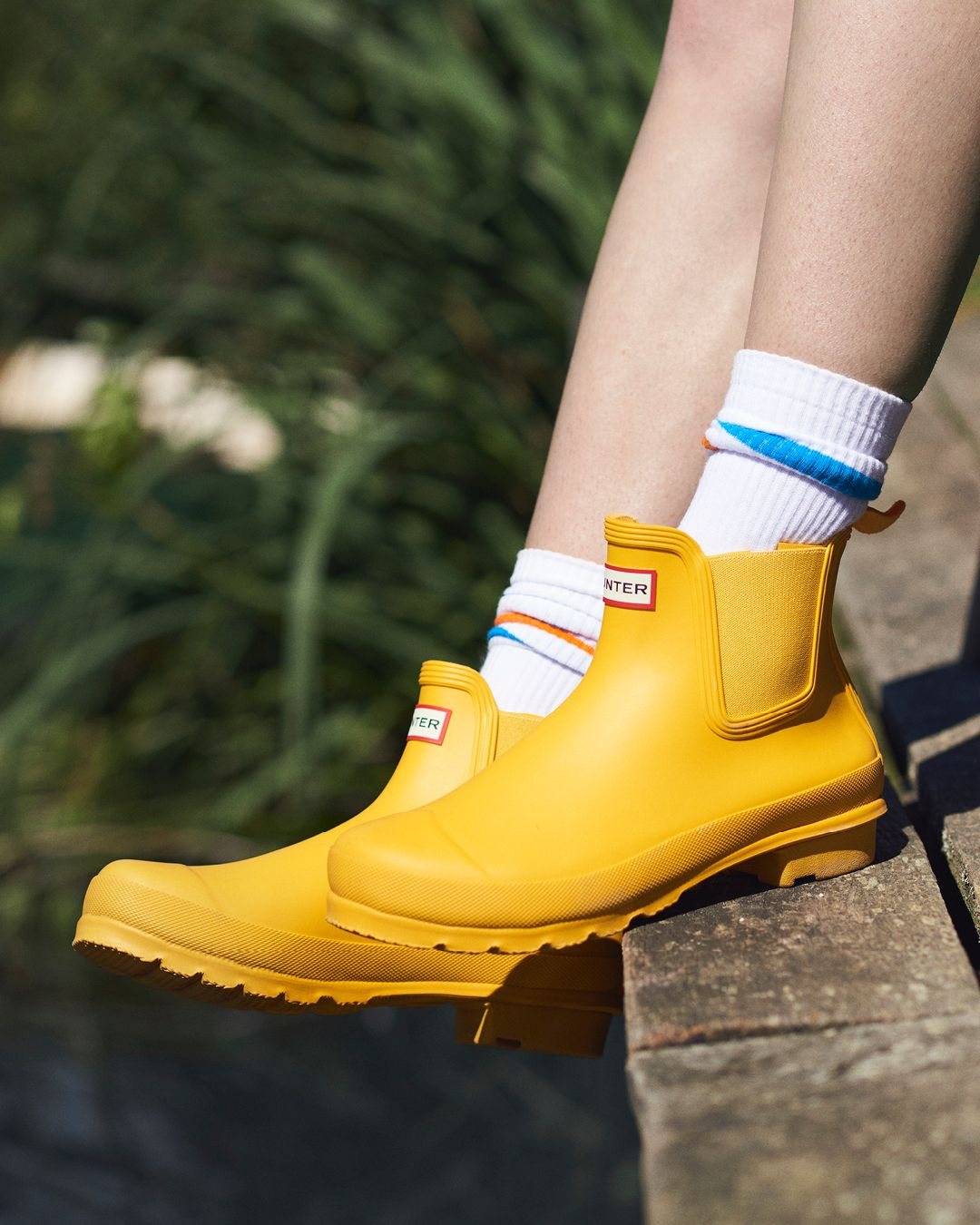 Boots, Hunter boots outfit, Chelsea boots