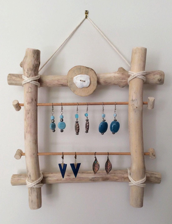 porte boucles d 39 oreilles en bois flott par l 39 atelier de corinne accessoires pour bijoux par. Black Bedroom Furniture Sets. Home Design Ideas