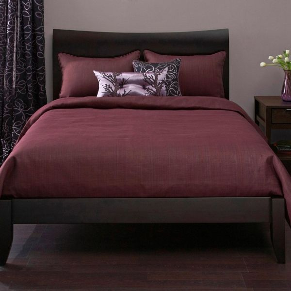 wine colored bedding Bedroom ideas