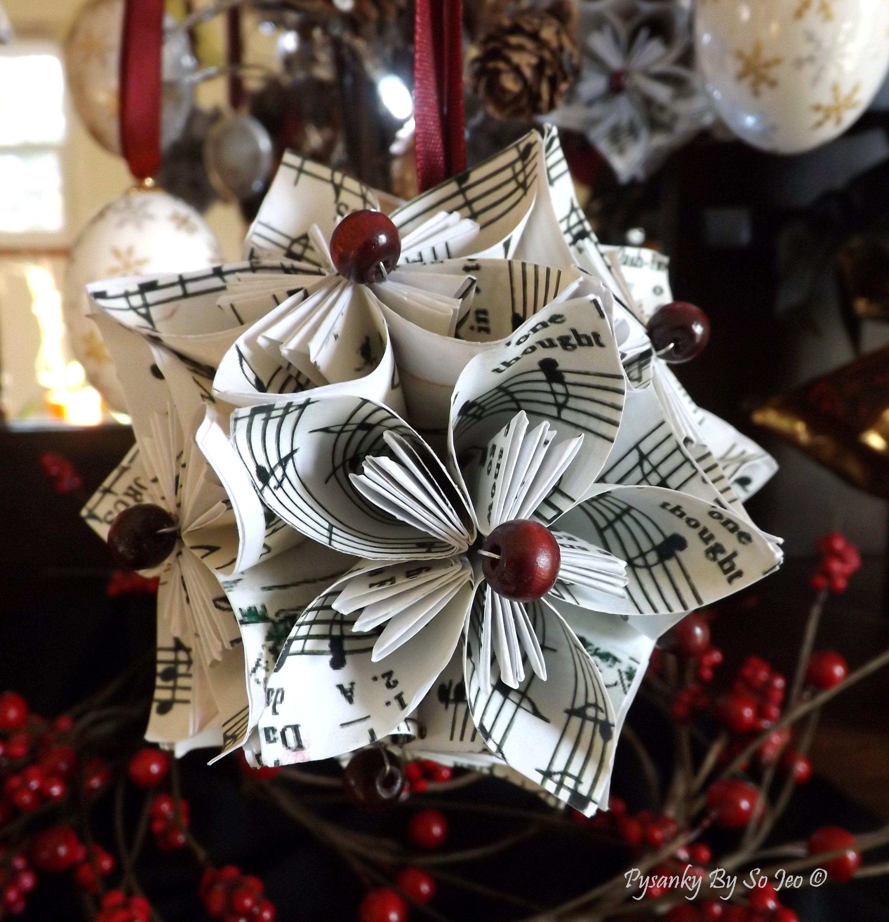 #papercraft #christmss #decor. Jingle Bells Kusudama