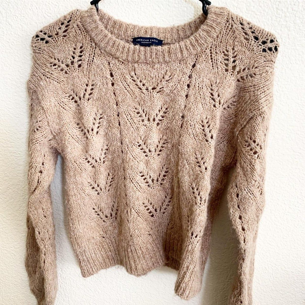 #americaneagle XS/S #crop #knitted #sweater light brown / tan Super soft Good condition