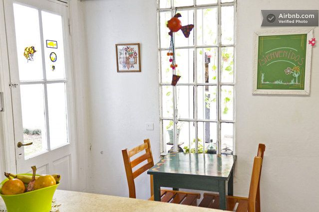 https://www.airbnb.mx/rooms/1015485