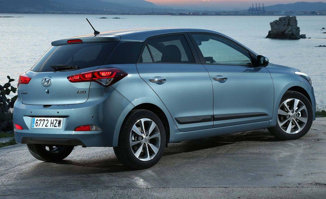 Hyundai i20 premium se in aqua sparkling