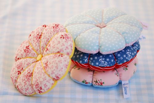 sweet little pin cushions