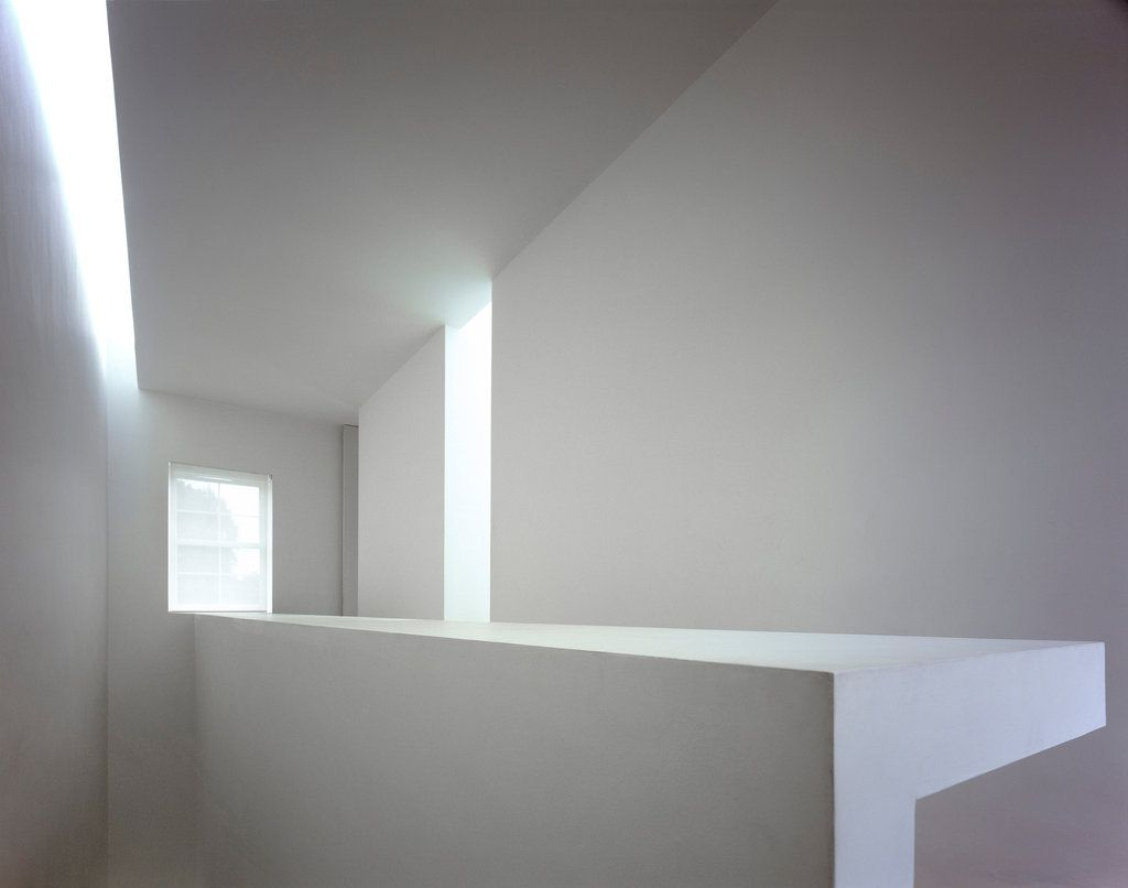 Minimal Architecture inside london's rosmead house, designedthe minimalist