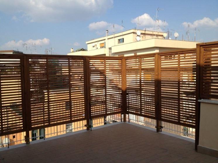 Grigliati in legno per terrazzo 745 559 for Grate in legno per balconi