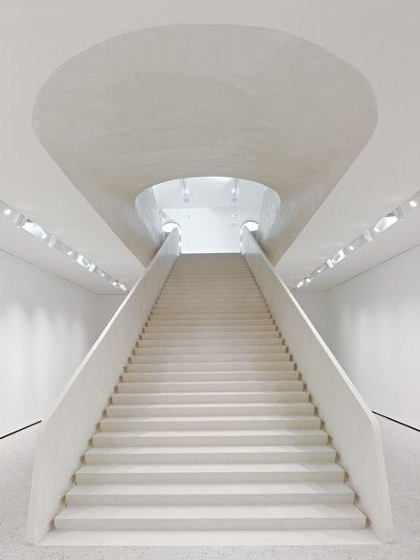 Treppen Frankfurt stä museum extension in frankfurt am germany by schneider