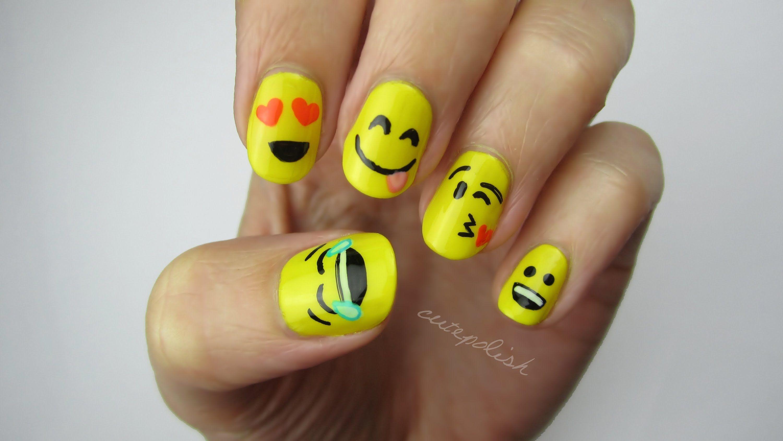 طريقة رسم الرموز التعبيرية على الاظافر بالمناكير رسومات اظافر سهله ر Emoji Nails Yellow Nails Design Birthday Nail Designs