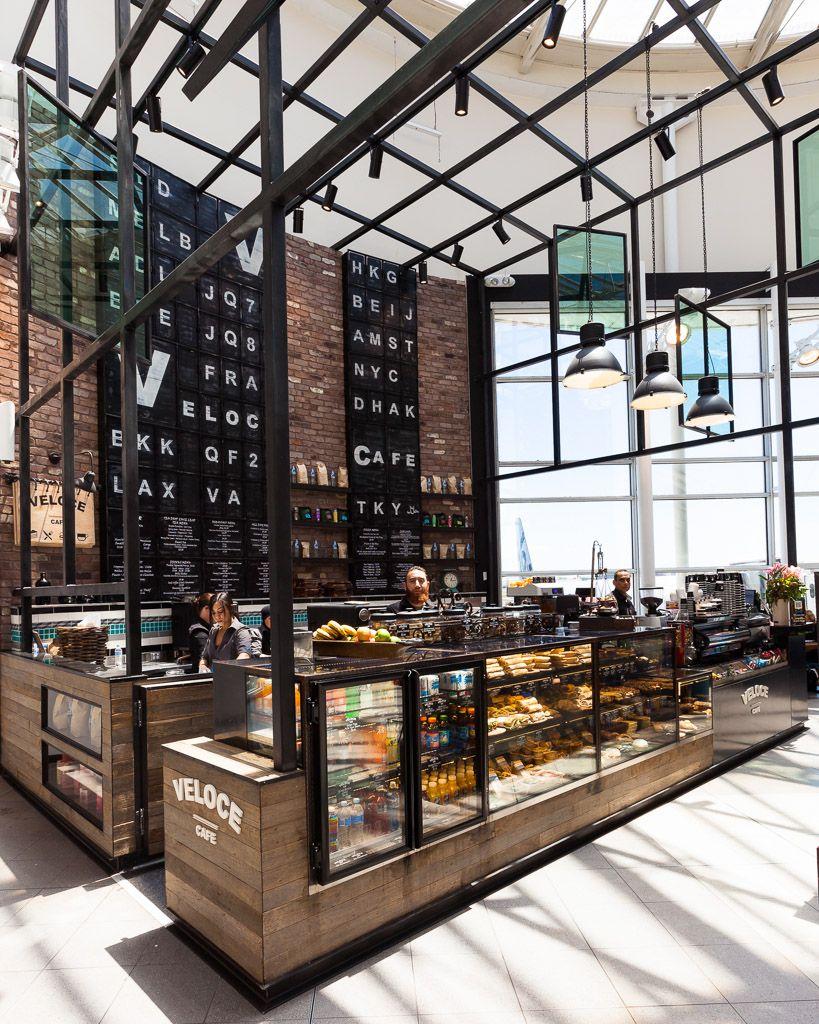 Cafeter a con estructura met lica caf s y terrazas pinterest design restaurang och hotell for Decor ingang