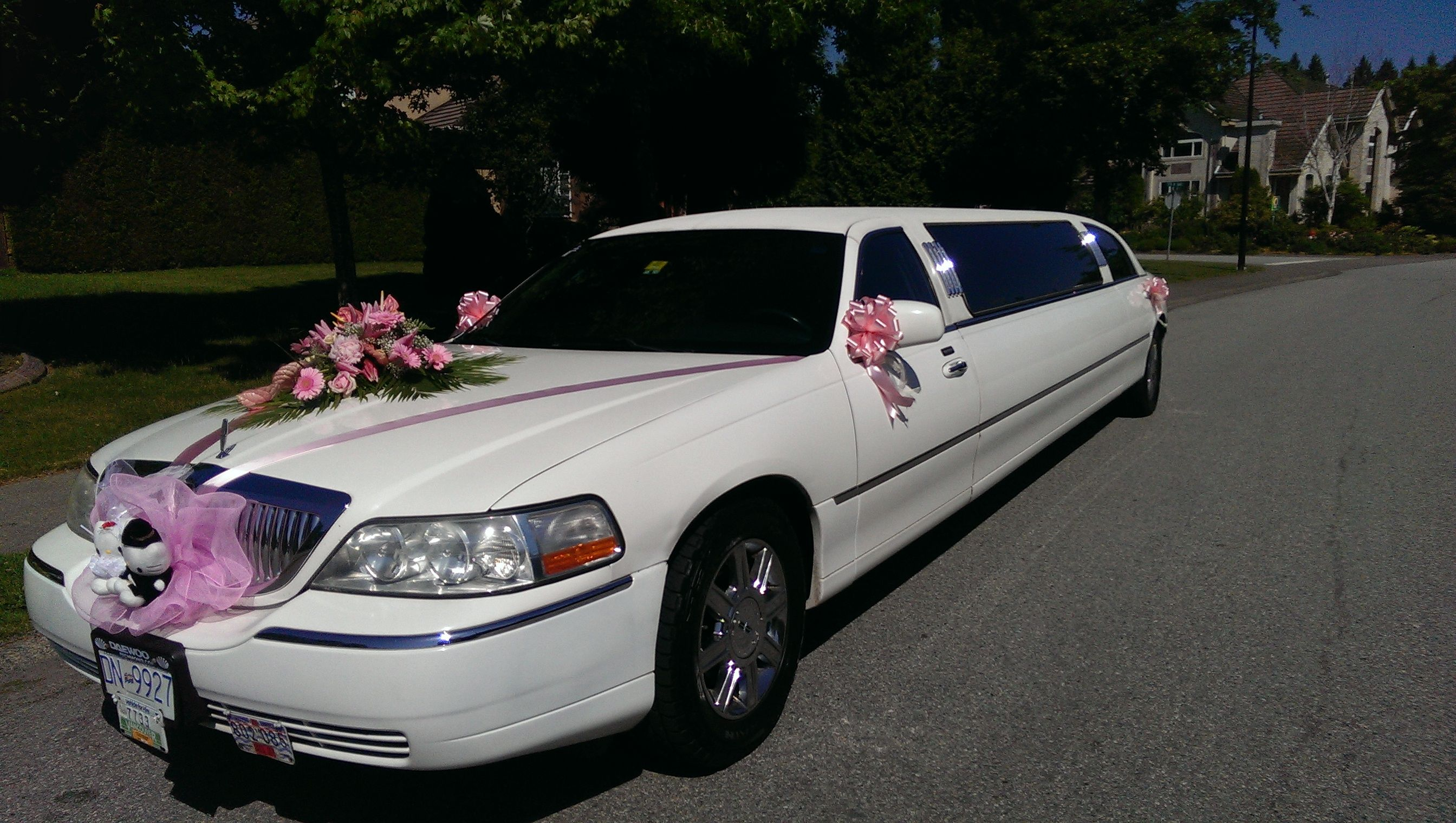 Wedding Limo Service Vancouver City Limos is offering