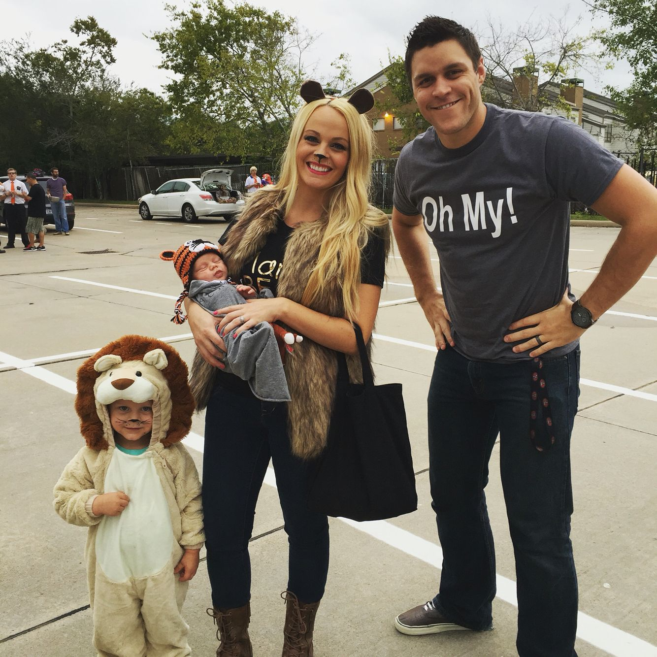 Lions tigers and bears oh my! Halloween costume ideas. Wizard of ...