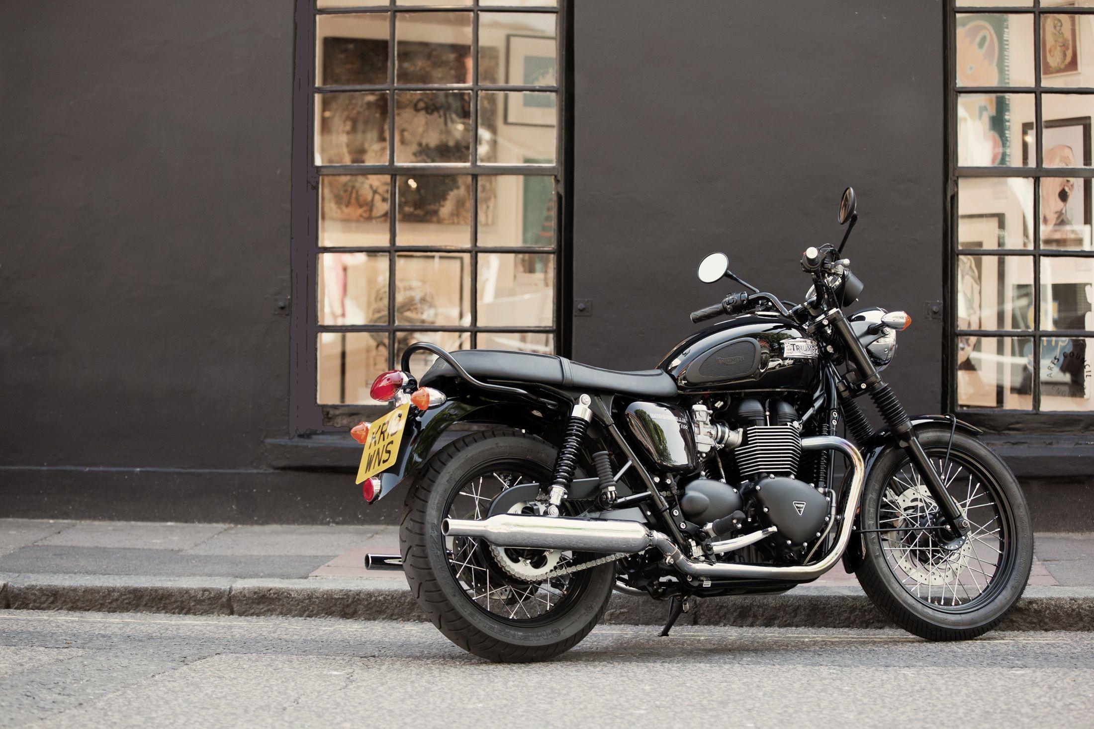 Bonneville t100 black triumph motorcycles
