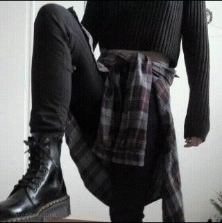 I really love dark colored plaid......I'd wear it more if it didn't make me look so manly