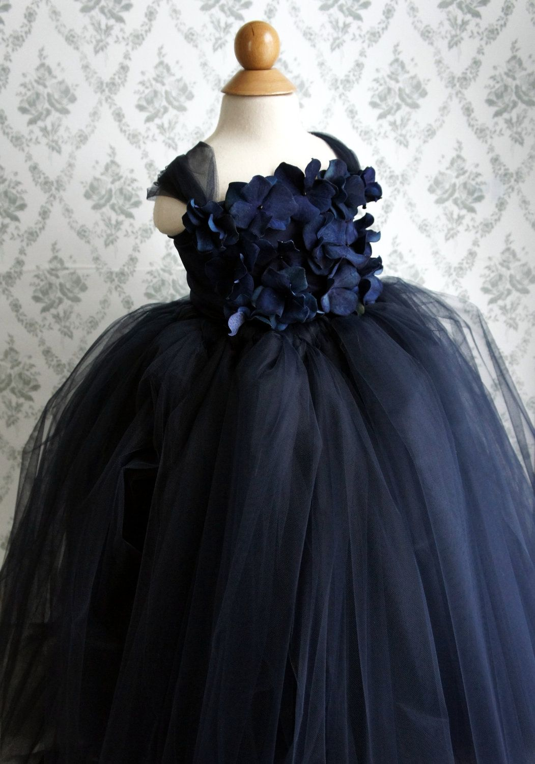 Flower girl dress navy blue tutu dress girls dress flower top flower girl dress navy blue tutu dress flower top baby tutu dress toddler tutu dress 7000 via etsy izmirmasajfo