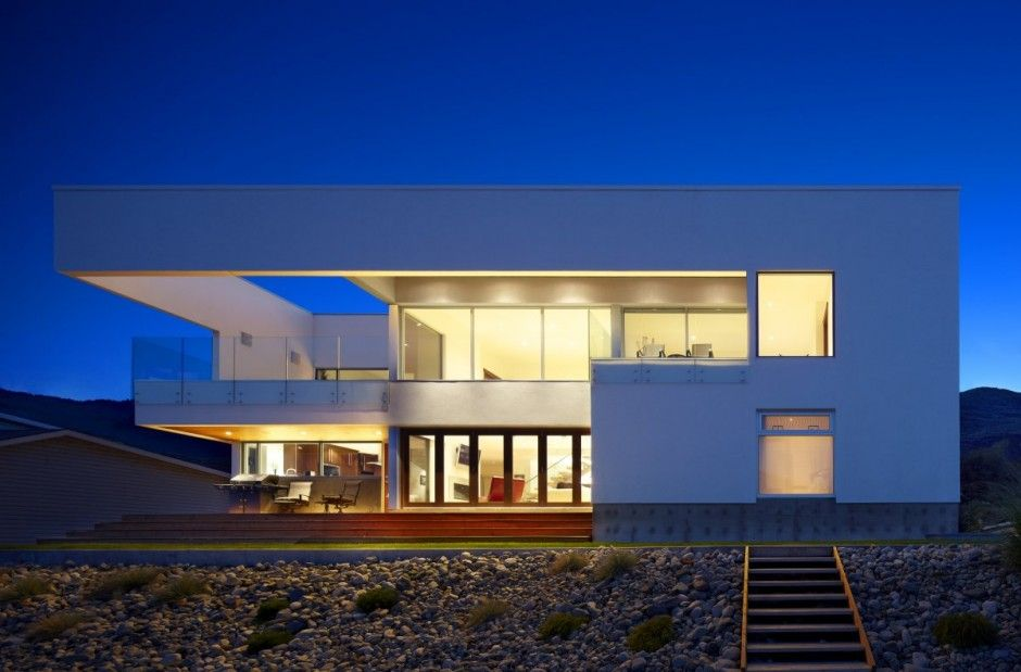 CEI Architecture designed the Elenko Residence in Osoyoos, British Columbia, Canada