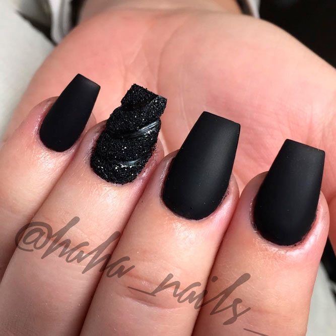 Black Acrylic Nail Designs | Graham Reid