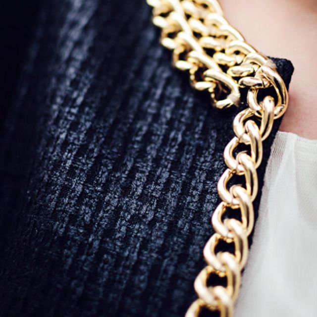 60e9eef13 Chanel style CC necklace in 2019 | Chanel sewing patterns | Chanel fashion,  Chanel, Sewing patterns